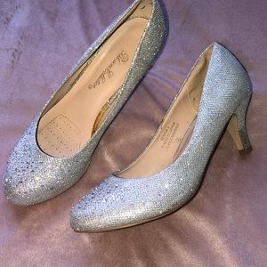 Shoes - Formal/ prom heels